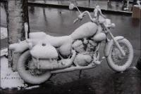 Moottoripyörän talvisäilytyspaikkoja